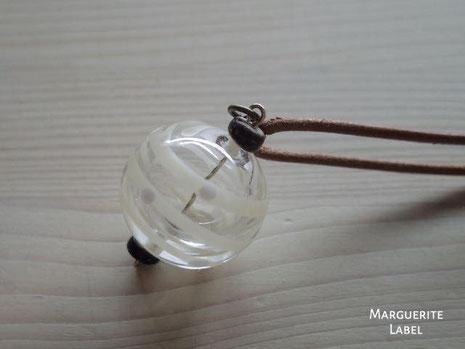 ガラスの風船チャームネックレス