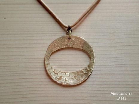 円と楕円 手作り真鍮のチャームネックレス