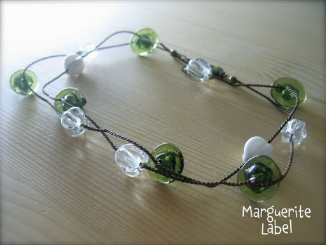 Opera Olive / Glass Beads Necklace