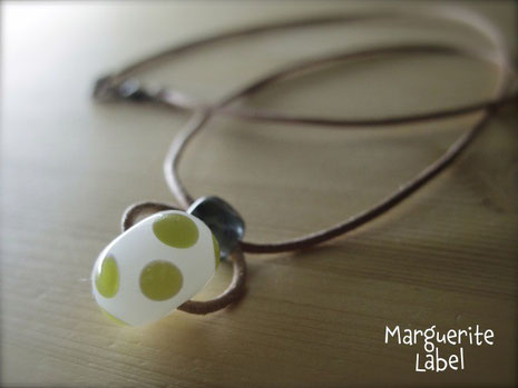 Simple Dots / Glass Beads