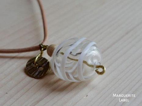 トンボ玉ガラスのクラフトネックレス