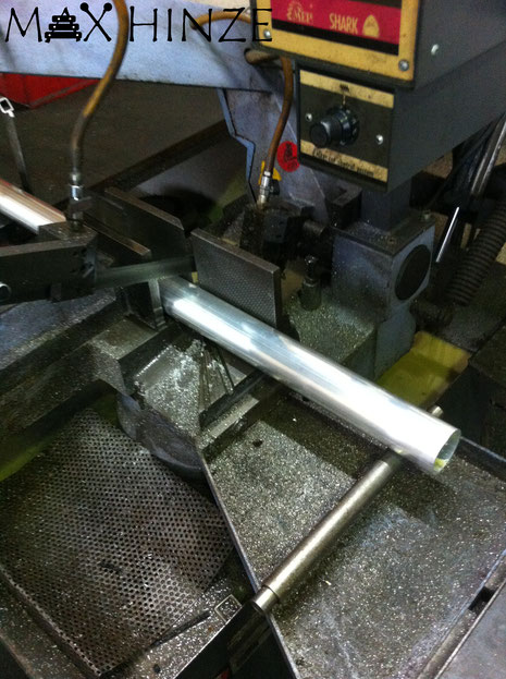 Zusägen der Resonanzrohre, Max Hinze selbst gebautes Marimba selbstgebautes Marimbaphon DIY