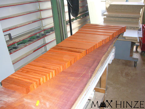 Alle Klangplatten auf Maß gehobelt und gesägt, Max Hinze selbst gebautes Marimba selbstgebautes Marimbaphon DIY