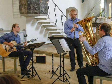 weltmusik band darmstadt vagabondoj klezmer klarinette klezmerband darmstadt frankfurt klzemer deurschland balkan trio hochzeit darmstadt geburtstag privat konzerte veranstaltung rhein main klezmer klarinettenunterricht pfungstadt klarinette lernen