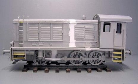 Im Rohbau sind nun deutlich die Verlängerungen erkennbar-die Lok ist nun eine Serien-WR_360!