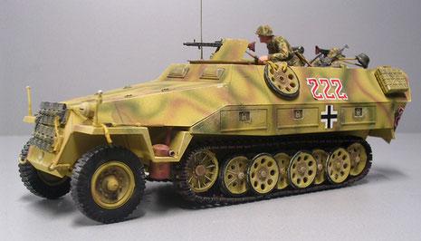 Das Tamiya Modell in dem typischen 3-Ton-Tarnanstrich ab 1943