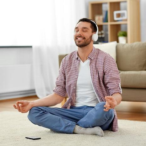 Achtsamkeit & Meditation erlernen im 8 Wochen MBSR Online Seminar bei Wege zum Sein