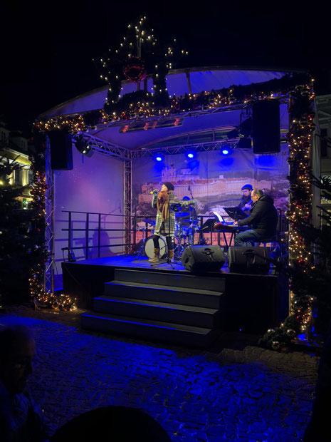 Musik und Gesang für Weihnachtsfeier, Firmenfeier, Adventmarkt