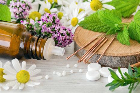 Natürliche Frauenheilkunde Alternativmedizin Homöopathie Heilpraktiker Wechseljahre Menstruationsbeschwerden Chiemgau Traunstein
