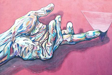 Kunstwerke sollen sich selbst genügen – wir erwarten, dass Kunst als Selbstzweck entsteht. (Quelle: Gustavo Centurion by Unsplashed)