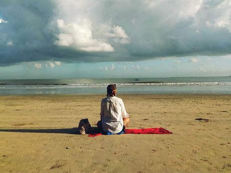 Bali, Reisen, Horror-Hotel, Strand, Freelancer, Leben genießen, Backpacker, Zwei auf Achse, Meer, Travel