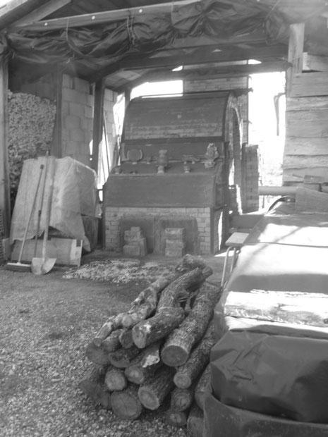 Noborigama - Four à bois cuisson haute température céramique - de Caco et Sylvie en attente d'enfournement ...