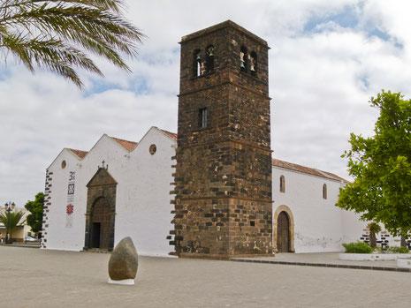 Iglesia La Oliva