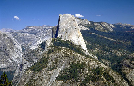 Half Dome - Yosemite (by Wikipedia)