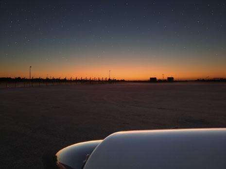 Crépuscule à l'aéroport de Rennes