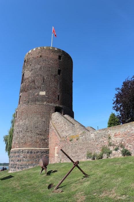 Der Mühlenturm, Rest der mittelalterlichen Stadtbefestigung von Rees