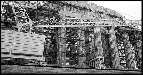 Mathieu Guillochon photographe, voyage, Grèce, Athènes, Acropole, Parthénon, travaux du Parthénon, noir et blanc, art ,architecture , temple, Antiquité.
