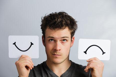 Glückskompetenz, Glückstraining, immer glücklich sein geht nicht