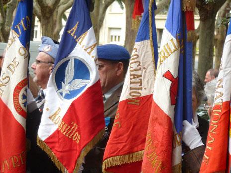 Première sortie officielle du drapeau (11 novembre 2012) aaalat-languedoc-roussillon.fr