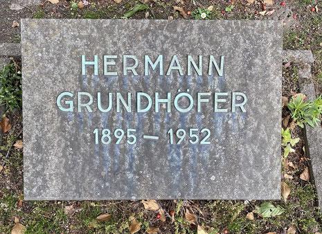 Ein typisches Urnengrab aus der Zeit der Freidenker-Bewegung in Rünthe. (Foto: Manuel Izdebski)