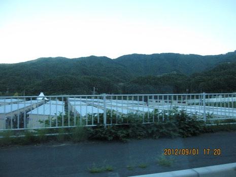 仮設住宅(釜石から大船渡へ向かう途中)