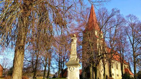 ~ Bild: Die St. Briccius Kirche zu Ilsede-Adenstedt im Januar 2015 ☺☼☺ ~