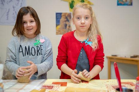 Foto O. Huchhausen: Die Betreuung in der Adventszeit bietet viele Aktivitäten für die Kinder