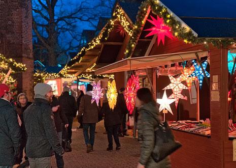 Foto O. Huchthausen: Die Planungen für den diesjährigen Weihnachtsmarkt sind gestartet  - noch gibt es einige freie Plätze in der Guten Bude
