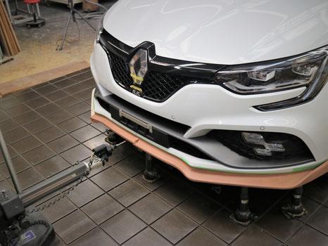 メガーヌⅣ RS フロントスポイラー