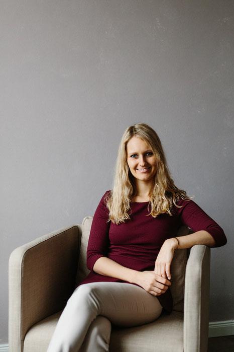 Carina Alana Preuß spricht im MOMazing-Interview über Ayurveda bei Kinderwunsch.