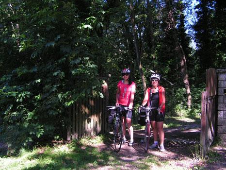 Les femmes à l'honneur chez les cyclos : Laure et Marie-Evelyne étaient les premières !