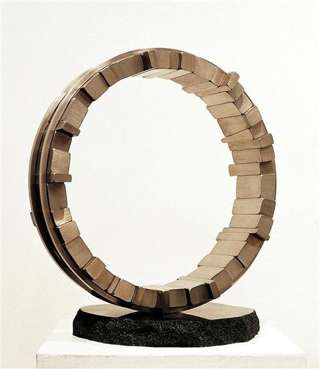 <Circle - No.09> /  1994  /  H.50x45x30 (φ45) cm /  stainless  steel