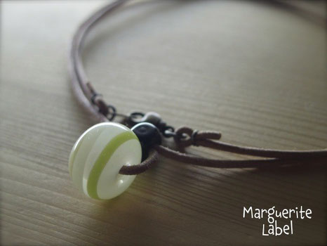 Pale green line /Glass Beads