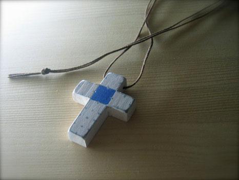 十字クリスチャンネックレス
