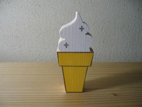 ソフトクリームの置き物