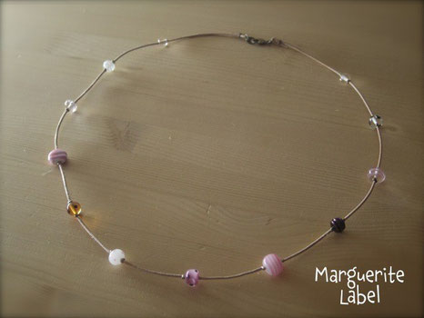 Light Color Pink / Glass Beads