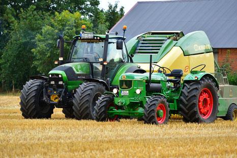 Deutz D9005 und Deutz-Fahr Agrotron