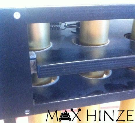 Dämpfermechanismus Deteilaufnahme, selbstgebaute Röhrenglocken, DIY tubular bells, Max Hinze
