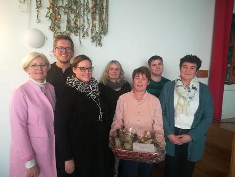 Evelyne Schumacher, Matthias Beer, Monika Schneider, Silvia Schmitz-Metzler, Susanne Schneider, Philipp Hein, Wilma Ney (v.l.n.r.)
