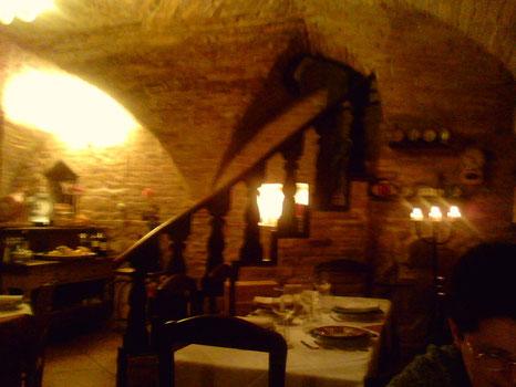 l'interno del ristorante, la sera del mio compleanno, con monica..1 febbraio 2008