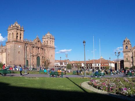 Mit dem Mietwagen von Lima bis nach Cusco