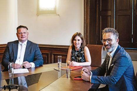 v.l.n.r: Prof. DDr. Alexander Petsche, Mag. Susanne Mortimore und Mag. Martin Reichetseder