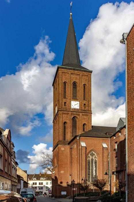 St. Benedictus, Foto (c) M. Jüsten-Mertens, Foto Teaser St. Benedictus Innenraum, (c) M. Jüsten-Mertens