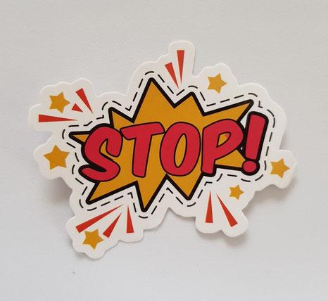 Stop Schild von Glückskompetenz, diese 5 Wörter kannst du aus deinem Wortschatz streichen