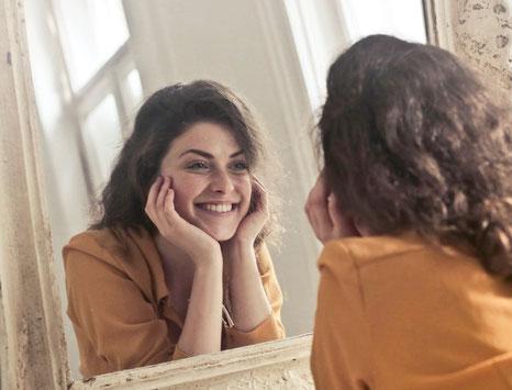 Dieser Spiegeltrick verändert dein Leben für immer zum Positiven