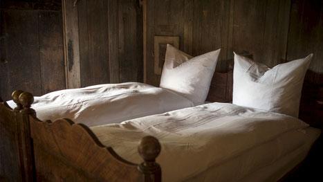 Seminarzimmer im behutsam renovierten historischen Kammern, Ferienzimmer, Doppelzimmer,  Schlafen im Denkmal