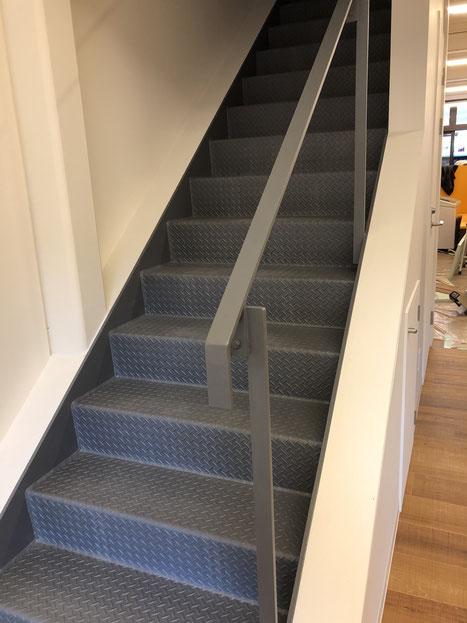 久しぶりに階段を設計しました。と言っても大変シンプルですが。