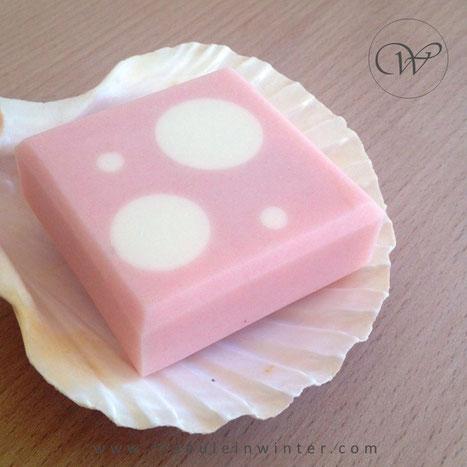 Dots - Handmade soap by Fraeulein Winter
