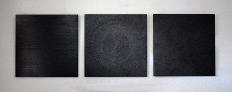 Black Drawing I,II und III, 2017, Graphit auf Holz, je 100 x 100 cm