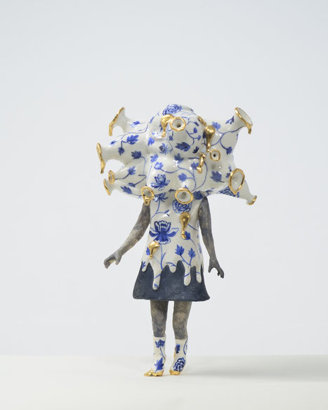 空壷の人  陶・釉薬・箔   2015  empty ceramics・glaze・gold leaf 0000 2015